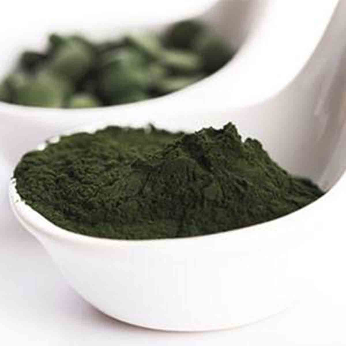 6 Top Reasons to Try Spirulina, powder